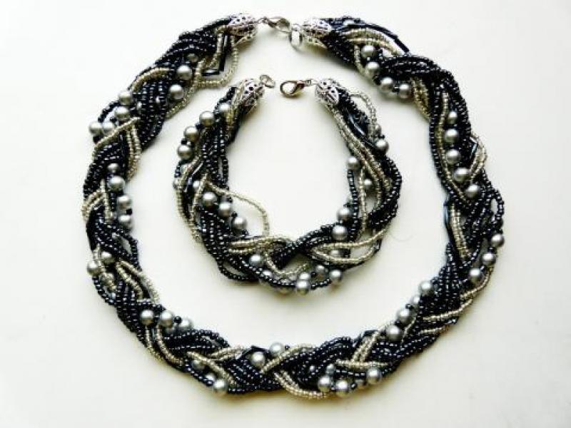 украшения из бисера. fashion. вдохновение. рукоделие. ожерелье из бисера. новинки. цветы. аксессуары.