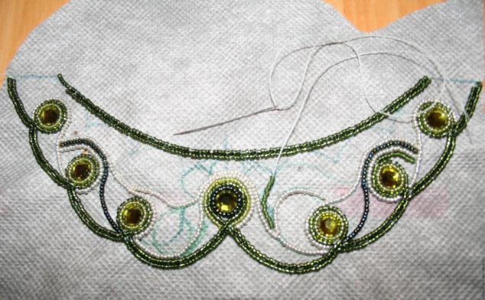 Вышивка бисером воротнички фото