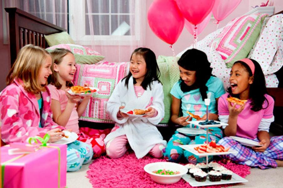 Как сделать крутую пижамную вечеринку